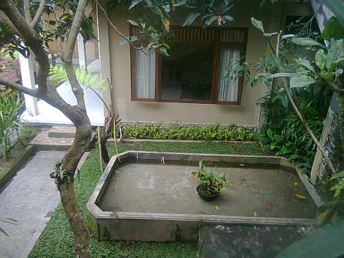 Jupiter room matahari cottage bed and breakfast ubud bali for Garden room jupiters